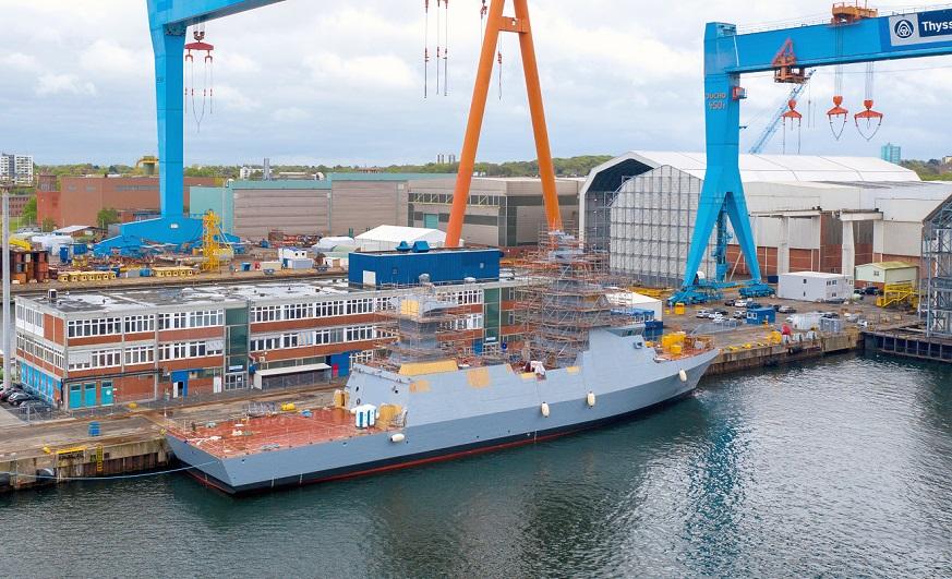 Uno de los Sa'ar 6 israelíes en construcción en Alemania en los astilleros de ThyssenKrupp Marine Systems