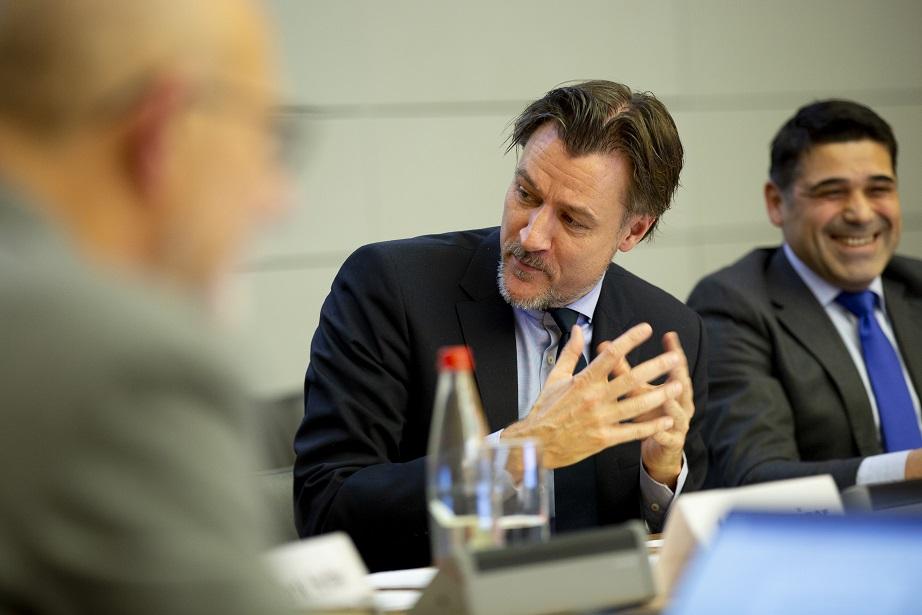 El secretario general adjunto de la Organización para la Cooperación y el Desarrollo Económicos (OCDE), Ulrik Vestergaard Knudsen